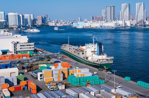 Shipping to Japan - Tokyo harbor